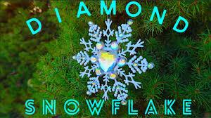 <b>How To Make Diamond SnowFlake</b> Tree Ornaments! <b>DIY</b> ...