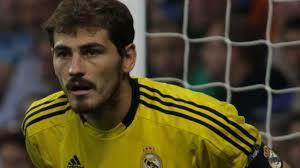 Mourinho deja en Madrid a Casillas, Pepe, Marcelo, Ramos, Khedira, ... - Mourinho-Casillas-Khedira-Cristiano-Ronaldo_TINIMA20111206_0445_5