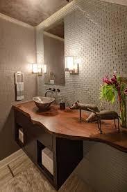 Plan vasque bois brut dans la salle de <b>toilette</b> – osez le style live ...