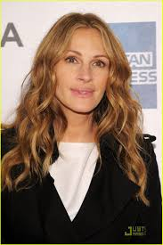 About this photo set: Julia Roberts attends the premiere of Jesus Henry Christ during the 2011 Tribeca Film Festival at the BMCC Tribeca PAC on Saturday ... - julia-roberts-jesus-henry-christ-premiere-10