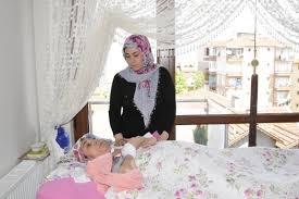 Depremzede kadın 18 yıldır yatağa mahkum yaşıyor