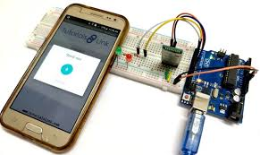 Arduino Based <b>Voice Controlled LEDs</b> using Bluetooth