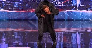 ����� ����� ���� Kenichi Ebina Performs an Epic Matrix- Style Martial Arts Dance - America�s Got Talent�