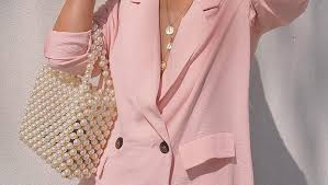 <b>Pearl</b> Bags Are the Trendiest <b>Summer</b> Accessory for a Modern ...