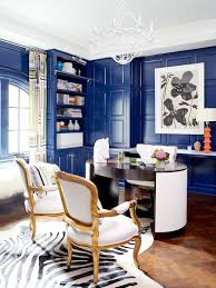 chic home office decor: royal blue lacquered walls paint colors interior design trend