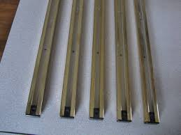 trakliting inc track lighting polish brass four foot sections lot of 5 brass track lighting
