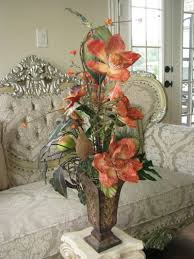 Flower Arrangements For Dining Room Table 1000 Images About Tall Flower Arrangements On Pinterest Floral