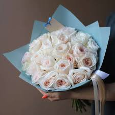 <b>Букет из пионовидных роз</b> Leto Flowers | Доставка по Москве за 2 ...