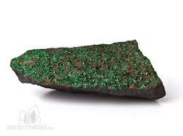 Камень <b>Уваровит</b> , свойства магические лечебные по знаку ...