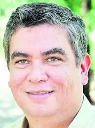Carlos Galarza, PPS. / ABC Color. Galarza, además de concejal capitalino, es representante del bloque que apoya a Mario Ferreiro en la comisión que estudió ... - carlos-galarza-pps-_304_406_27744