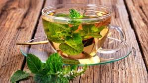8 Benefits of <b>Peppermint Tea</b>: From Inducing Sleep to Aiding Weight ...