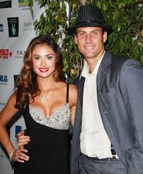 Katie Cleary and Andrew Stern Photos - Zimbio - Katie+Cleary+Andrew+Stern+1st+Annual+Diamonds+E2NWTfB-hrnl