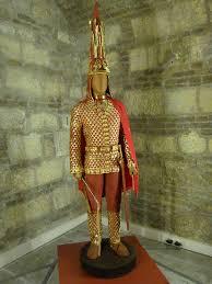 Иссыкский <b>золотой человек —</b> Википедия