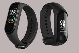 Xiaomi Mi <b>Band 4</b> vs Xiaomi <b>Mi Band 3</b>: what's new and what's better?