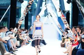 <b>Chinese embroidery</b> gets modern look in <b>fashion</b> pop-up market ...