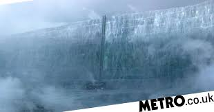 Who built The <b>Wall</b> in <b>Game of Thrones</b> and how long has it been ...