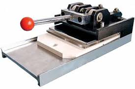 <b>Вырубщик для значков Vektor</b> Multisheets Cutter d-25/37/56/75мм ...