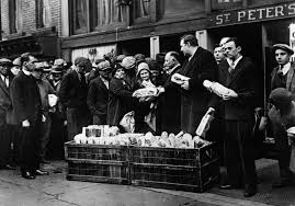 soup kitchens and breadlines pictures the great depression the great depression unemployment poverty soup kitchens breadlines