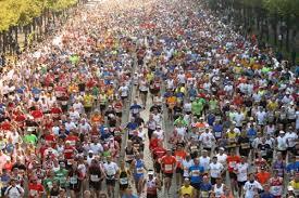 Risultati immagini per foto maratona berlino