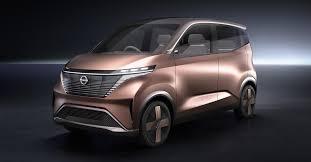 Nissan показал концепт с голографическими экранами и ...