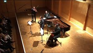 <b>Janoska Ensemble</b> - Liszt's Hungarian Rhapsody No.2 in Janoska ...