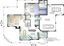 House plan W detail from DrummondHousePlans com    st level bedroom country house plan   car garage and wrap aound porch