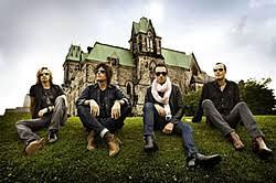<b>Stone Temple Pilots</b> > Loudwire