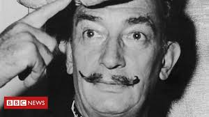 <b>Dali's</b> moustache 'intact at 10 past 10', exhumation finds - BBC News
