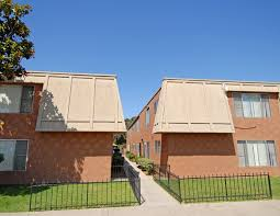 <b>Golden Tree</b> | Apartments in National City, CA