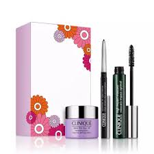 <b>Benefit</b> Limited Edition '<b>Brows</b> and <b>New</b> Beginnings!' Makeup Kit ...