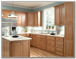 paint light oak  ideas about honey oak cabinets on pinterest natural paint colors oak