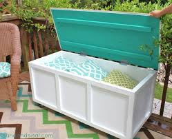 22 easy and fun diy outdoor furniture ideas build patio furniture