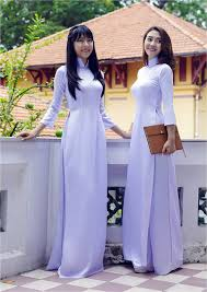 Image result for áo dài trắng nữ sinh siêu mỏng
