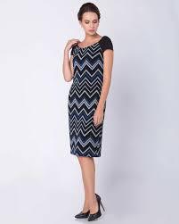 Прямые платья : выбрать платья в Москва по цене от 475 рублей