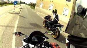 <b>Honda cbr 125</b> vs BigBike cbr <b>600rr</b> | GoPro HD - YouTube