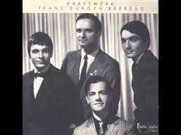 <b>Kraftwerk</b> - <b>Trans Europa Express</b> (original) - YouTube