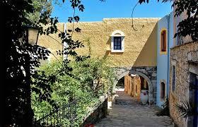 Αποτέλεσμα εικόνας για hotel arolithos heraklion crete