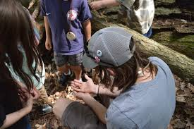 summer internship program vaughan woods historic homestead vaughan woods historic homestead offers an 8 week summer internship for college students to work in both our nature preserve and historic house museum
