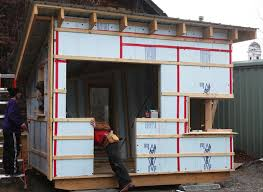 How to Build a Tiny House   Tiny House  How To Build and House Ideas