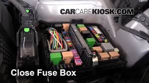 replace a fuse 2014 2015 kia sorento 2014 kia sorento ex 3 3l v6 6 replace cover secure the cover and test component