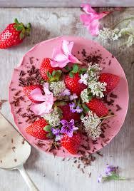 Vegan <b>strawberry</b> cheesecake (oil-free) - Lazy <b>Cat</b> Kitchen
