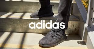 <b>Shoe</b> Station