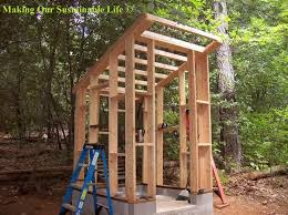 images about outhouse diy    s on Pinterest   Outhouse Ideas    Roof braces for the outhouse   Making Our Sustainable Life