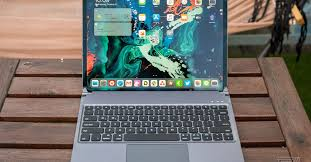 This keyboard case gives the iPad Pro a pretty good <b>trackpad</b> - The ...