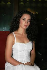 bollywood hot actress kangana ranaut hoit in white dress actress kangana ranaut