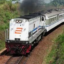 Biaya Pengiriman Barang Melalui Kereta Api | Ongkos Pengiriman Motor Lewat Kereta Api [ www.BlogApaAja.com ]