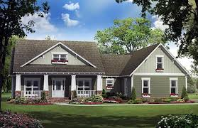 images about house plans on Pinterest   Craftsman House       images about house plans on Pinterest   Craftsman House Plans  Craftsman Style House Plans and Floor Plans