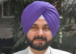 Former Indian cricketer Navjot Singh Sidhu, who will soon be seen in a comedy show on television, says he will only do family oriented shows, as he does not ... - sidhu-big
