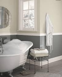 Colori Per Dipingere Le Pareti Del Bagno : Con le pareti grigio tortora chiaro la tua casa sarà favolosa