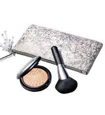 <b>MAC Firelit</b> Kit | Beautiful Holiday Collection 2020
